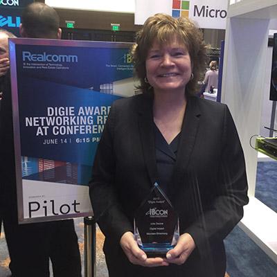 IFMA Board Chair Maureen Ehrenberg wins Digie Award